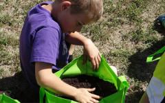 Cunningham Elementary Students Bag Gardens