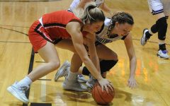 Lady Eagles Close Sterling Tourney With Loss