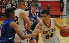 Eagles Hold On to Beat Wichita Independent